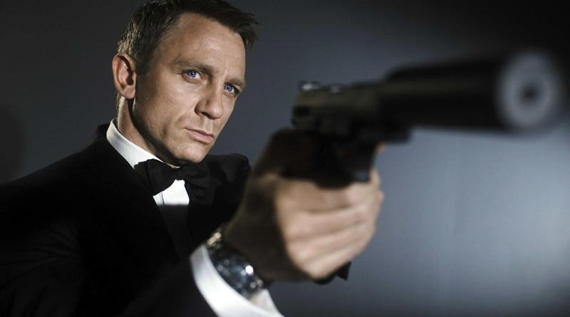 Daniel-Craig-mens-hairstyles-from-James-Bond