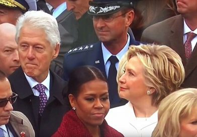 Ο Κλίντον κάνει καμάκι στην Ιβάνα Τράμπ και η Χίλαρι τον παίρνει χαμπάρι…