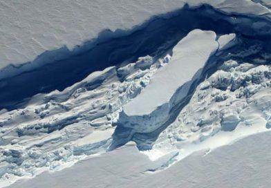 Οικοσύστημα χιλιάδων ετών βρέθηκε κρυμμένο σε παγόβουνο!